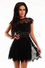 rochie negra din dantela