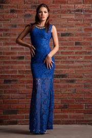 rochie din dantela albastra lunga