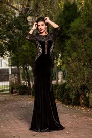 rochie lunga din catifea de nunta