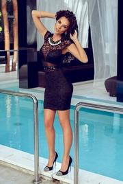rochii de club scurte negre din dantela