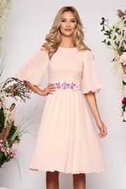 rochii domnisoare de onoare roz