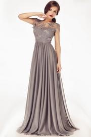 rochii de seara elegante pentru femei plinute