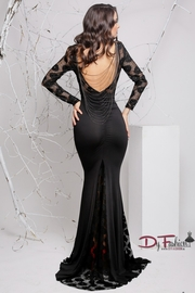 rochii de seara cu maneca lunga neagra