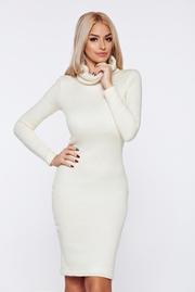 rochii tricotate de iarna albe