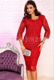 rochii de seara cu dantela rosie