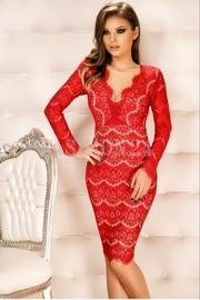 rochii de seara rosii cu maneca lunga