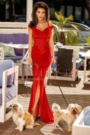 rochii de seara rosii lungi cu crapatura