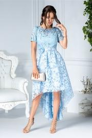 rochii albastre lungi din dantela