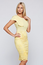 rochii galbene lungi cu paiete