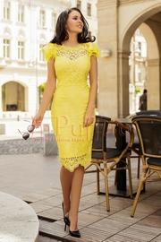 rochii galbene lungi cu spatele decupat