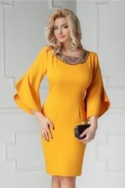 rochii galbene lungi de seara