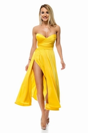 rochii galbene lungi din voal