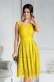 rochii galbene scurte elegante de nunta
