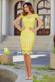 rochii galbene scurte elegante de nunti