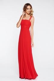 rochii rosii lungi mulate pe corp