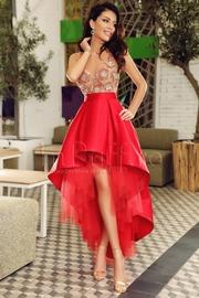 rochii rosii lungi pentru banchet