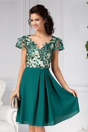 rochii verzi scurte elegante de zi